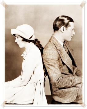 vintage-man-woman-couple-conflict-black-and-white-photography