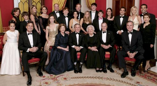 1280px-George_W._Bush_and_family