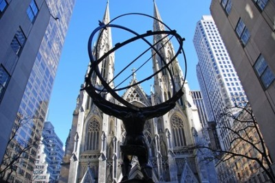 new-york-city-rockefeller-center-05-atlas-statue-and-st-patricks-cathedral1