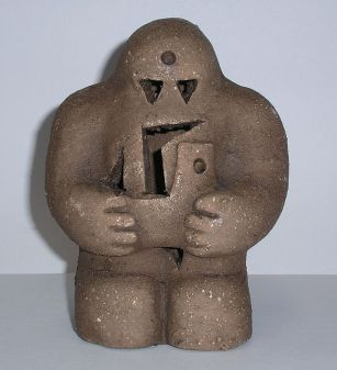 640px-Prague-golem-reproduction