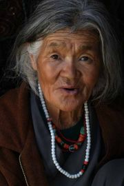 A_local_woman,_Ladakh