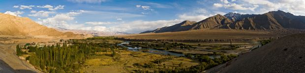 Indus_Valley_near_Leh